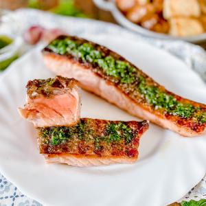 Spanish Salmon a la Plancha
