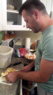 Preparing the apples