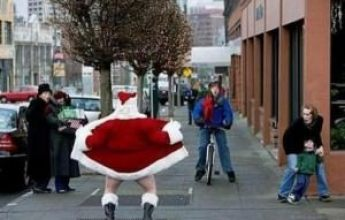 Weird-Santa-Claus-pics15