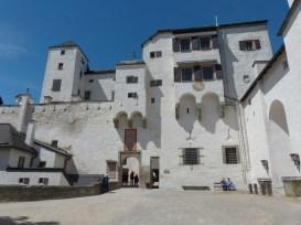 hohensalzburg-fortress-122880_640