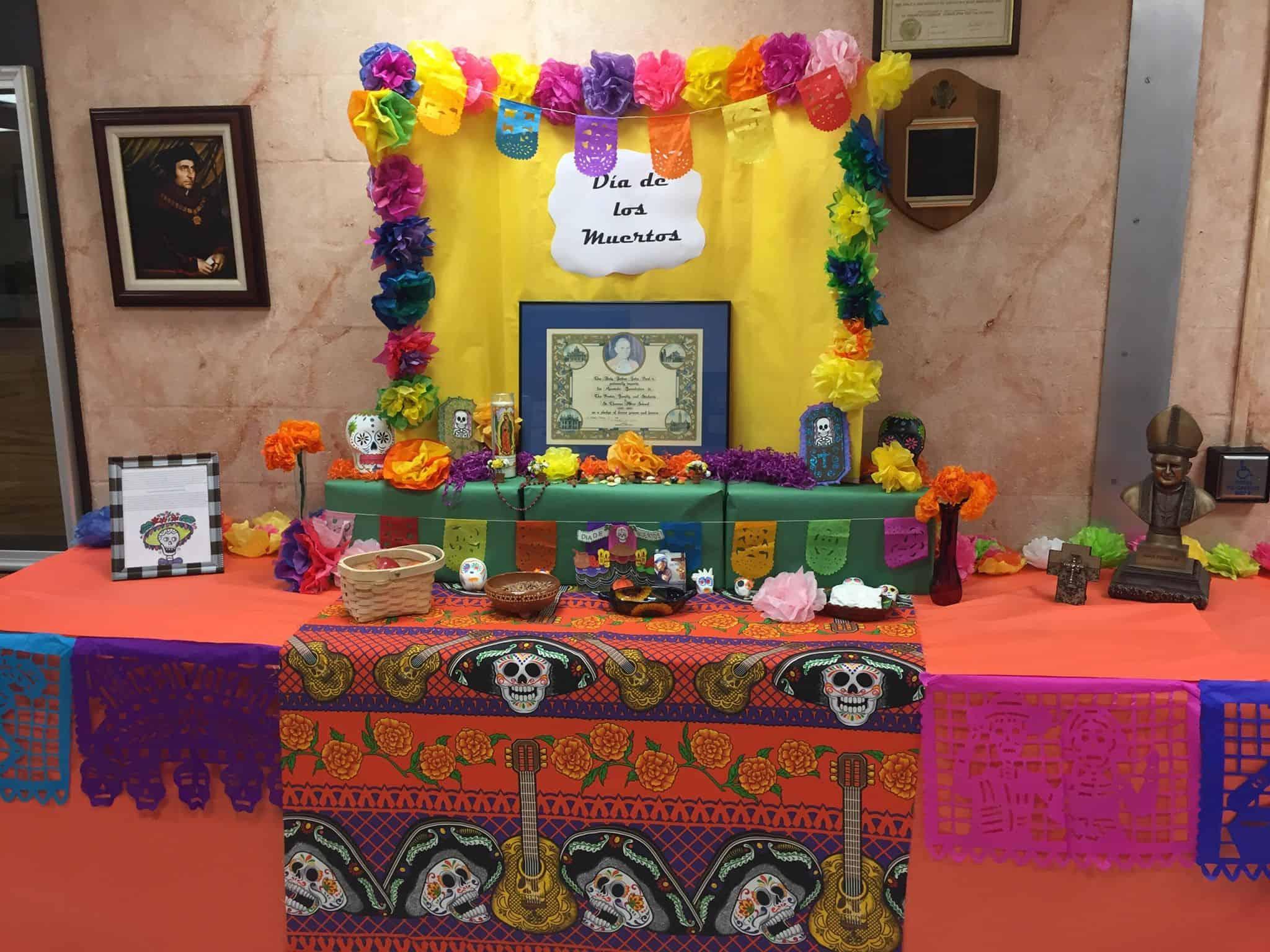 Día de Muertos Bulletin Boards and Displays - SPANISH MAMA