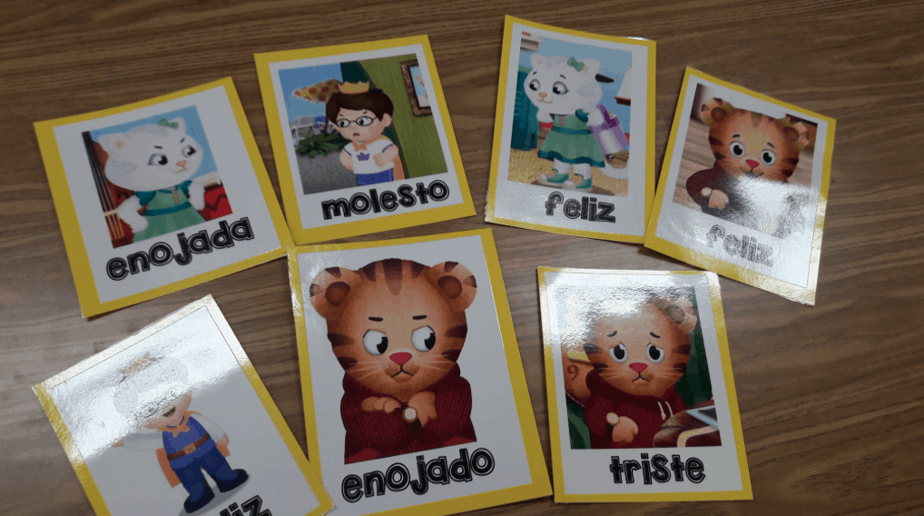 Spanish flashcards with preschoolers