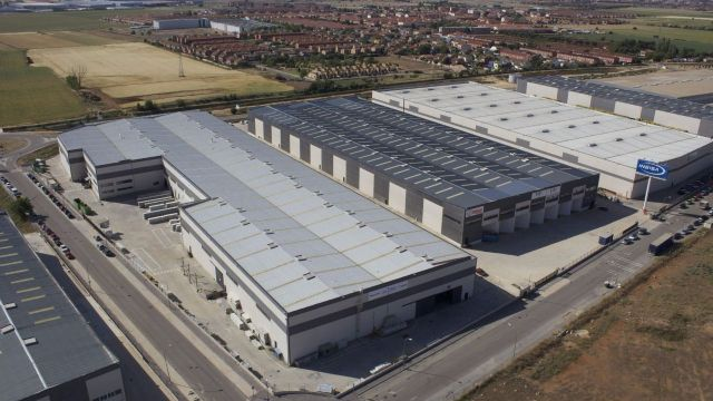 Grupo LAR sells logistics portfolio to Blackstone for €120M