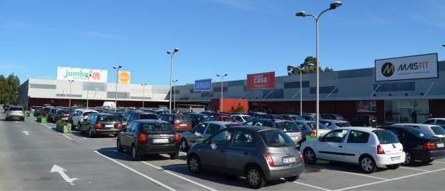 Temprano sells Porto retail & buys Student Residences