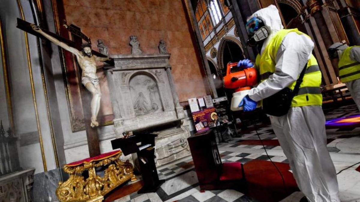 Italia «cancela» la Navidad para evitar una «masacre»