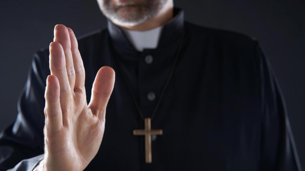 cura sacerdote - Alemania