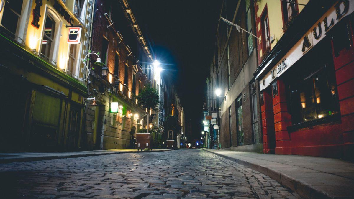Cómo consiguió Irlanda doblegar uno de los mayores picos de casos de COVID del mundo