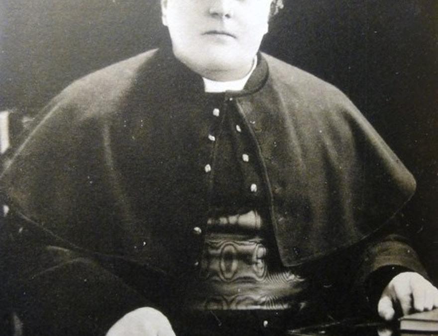 El clérigo que intentó combatir la superstición y acabó dándola a conocer a todo el mundo