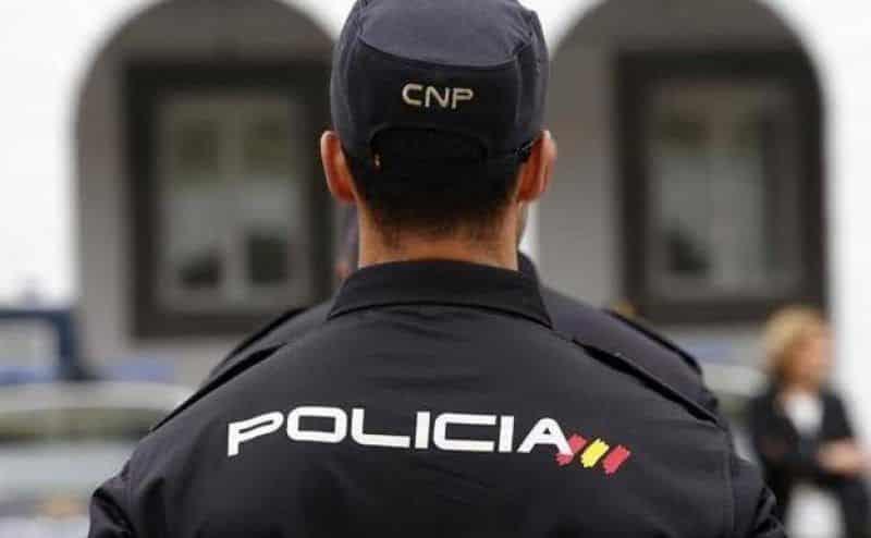 «Vais a perder toda la tarde»: la Policía aconseja a dos víctimas de una paliza homófoba que no denuncien