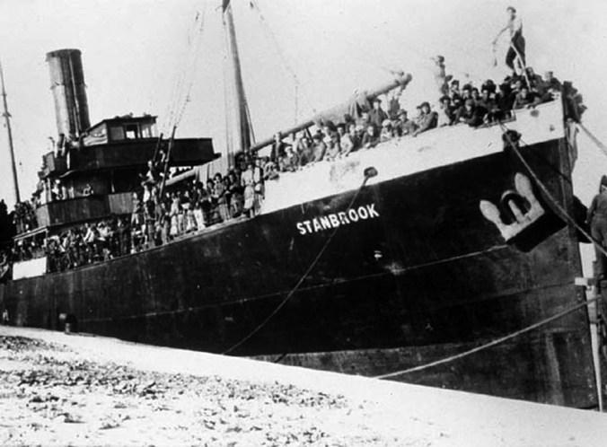"""Det gode skib """"S/S Stanbrook"""" med 2638 flygtninge ombord i Alicante havn"""