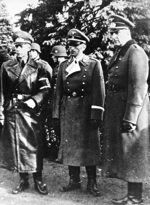 Dr. Werner Best and (right) commander-in-chief of the German troops in Denmark, general Hermann von Hanneken. Photo: The Museum of Danish Resistance