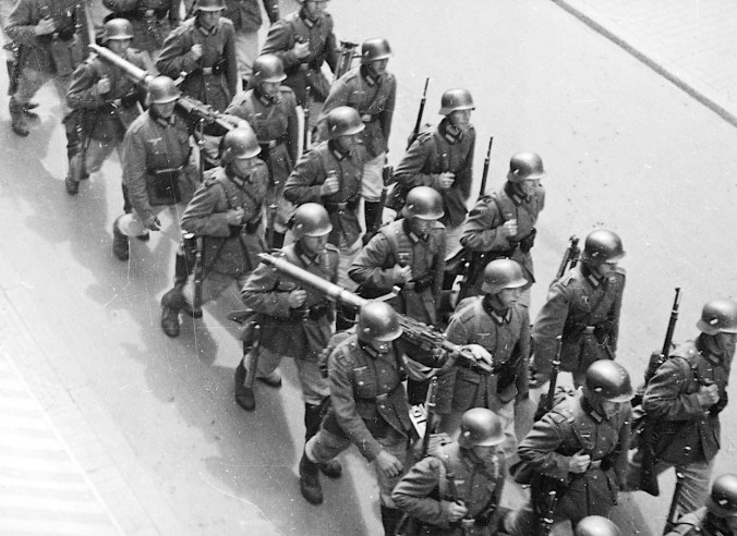 German soldiers, possibly in Haderslev, South Jutland. Photo: The Museum of Danish Resistance