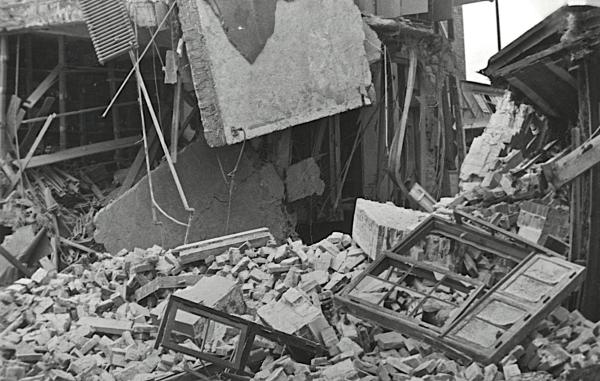 Besættelsen og befrielsen: Dansk Akkumulator & Elektromotorfabrik efter sabotagen 16. juni 1944