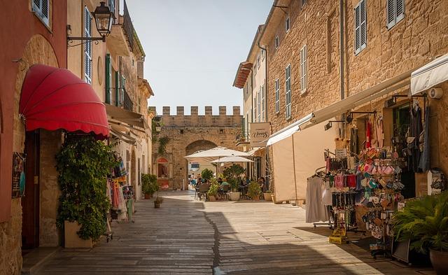 Puerto de Alcudia old town