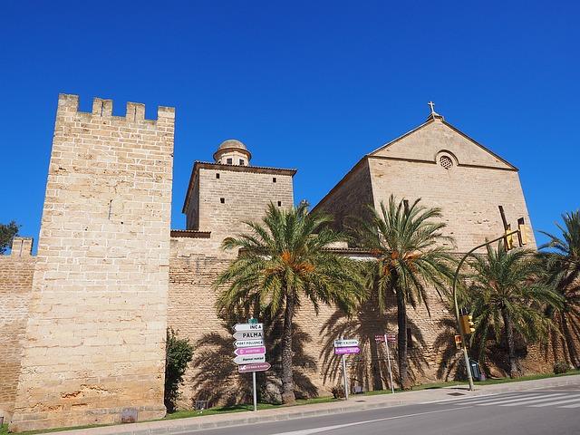 Puerto de Alcudia kerk