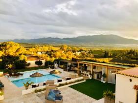 Villa Fahala overzicht-cover