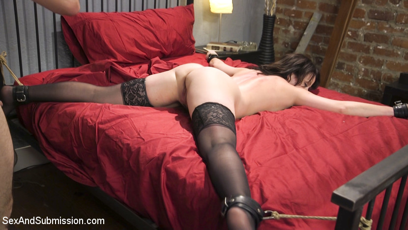 Jennifer White BDSM at Sex and Submission