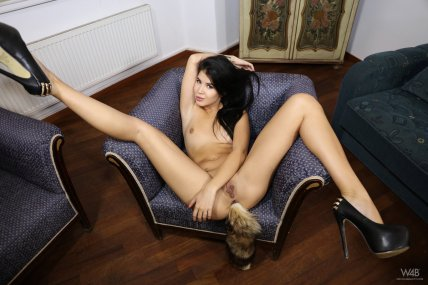 Lady Dee - Dee Tail - Watch4Beauty - 04