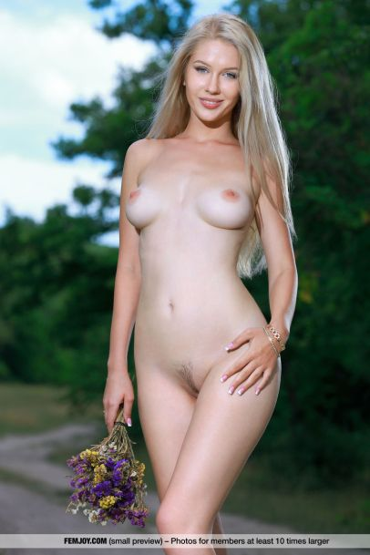 Xana D - Like an Angel - Femjoy - 05