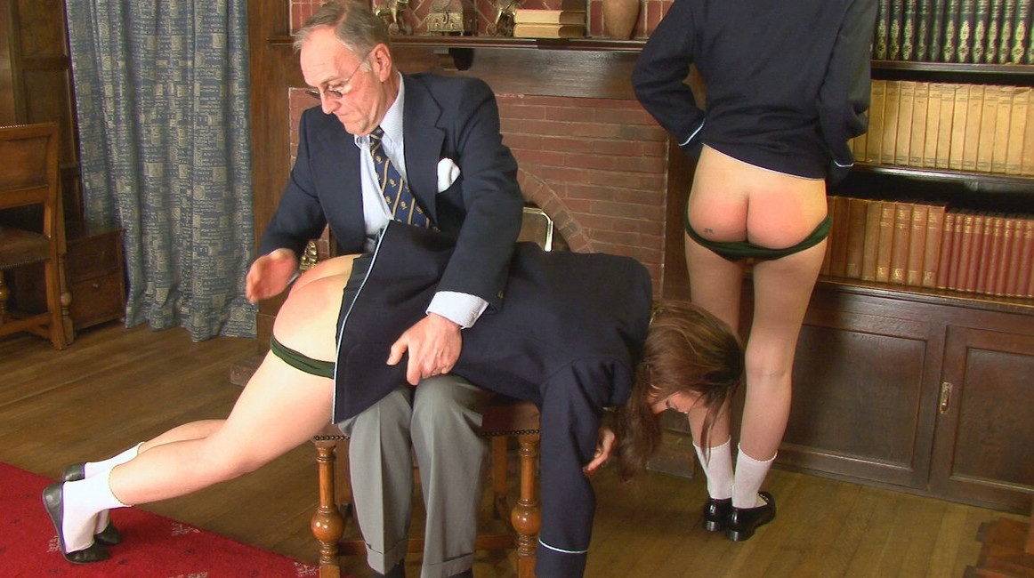women who love to be spanked