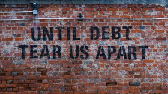 7 Fehler, die Du beim Zurückzahlen Deiner Schulden machst (und wie Du sie vermeidest)