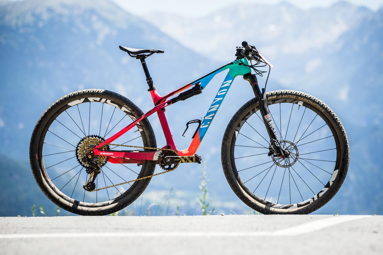 xc race mountain bikes