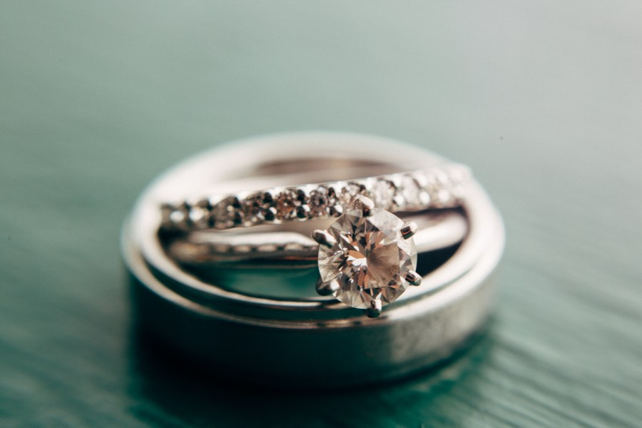seattle-wedding-ring-Photography-sparkfly-002