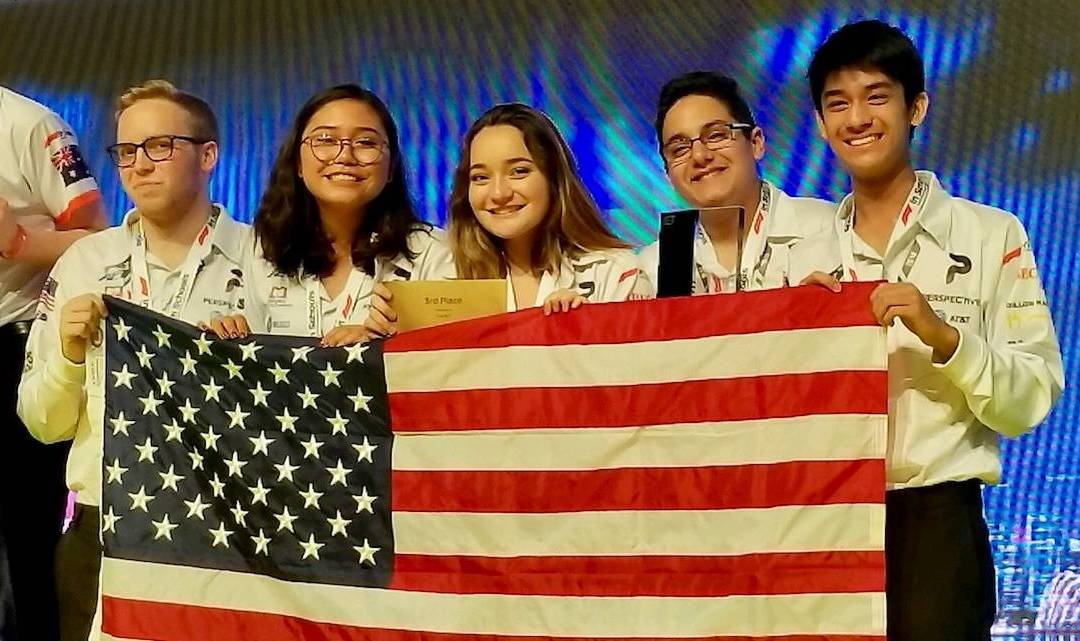 Manatee students race to victory in global STEM competition