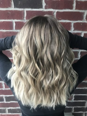 10 tips your hairstylist wants you to know! Feat. HairbyKarla • Sparkingbliss.com