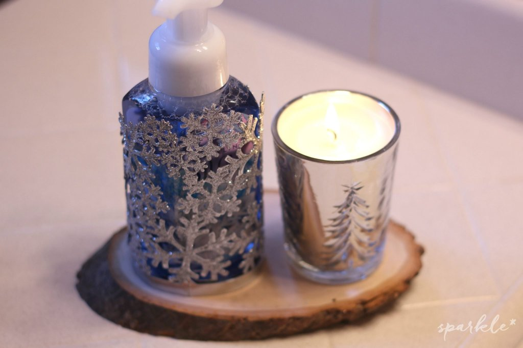 christmas-bathroom-candle