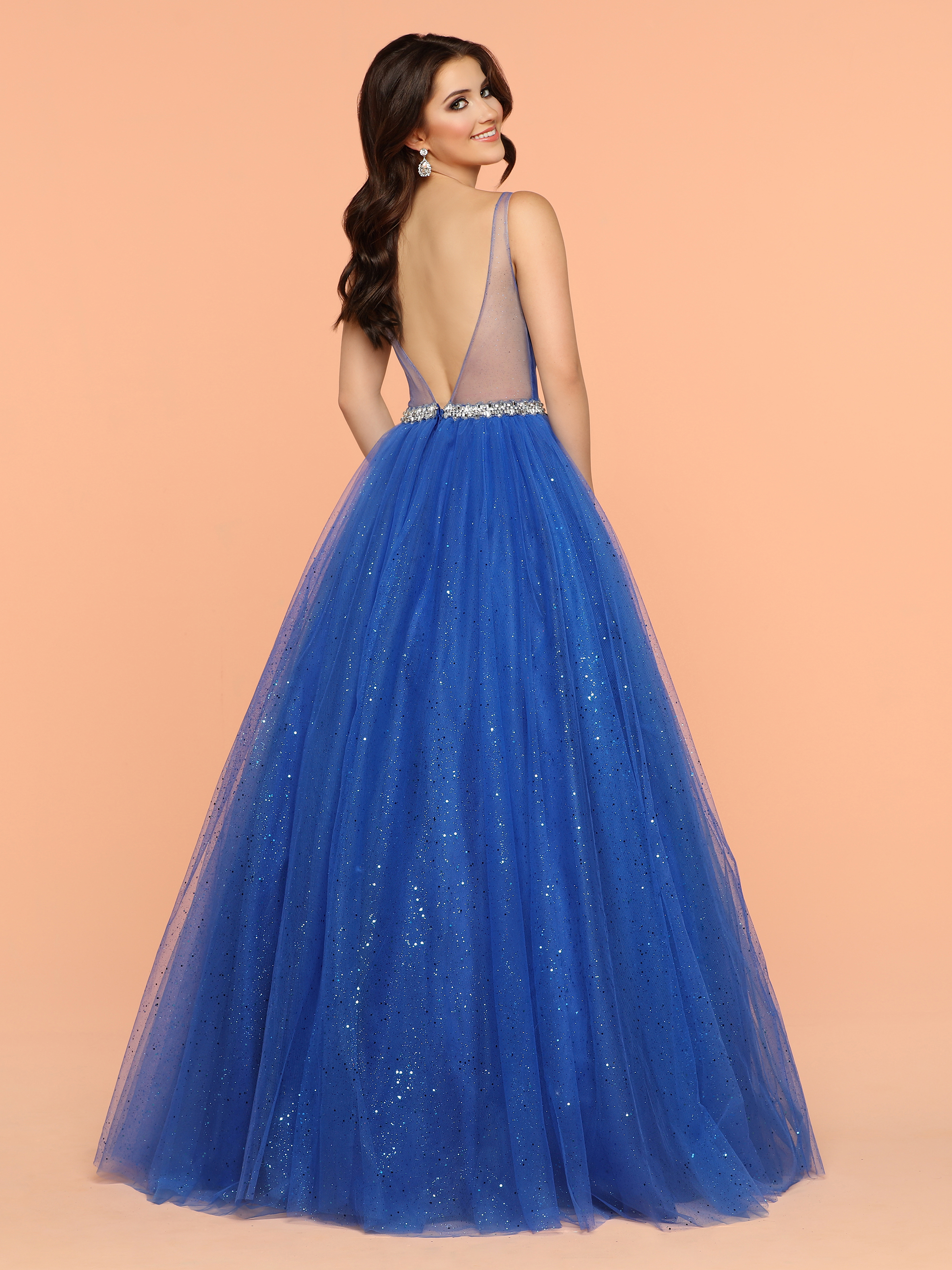 Live Your Own Fairytale: Beautiful Ball Gowns for Prom 2018 – Sparkle Prom Dresses
