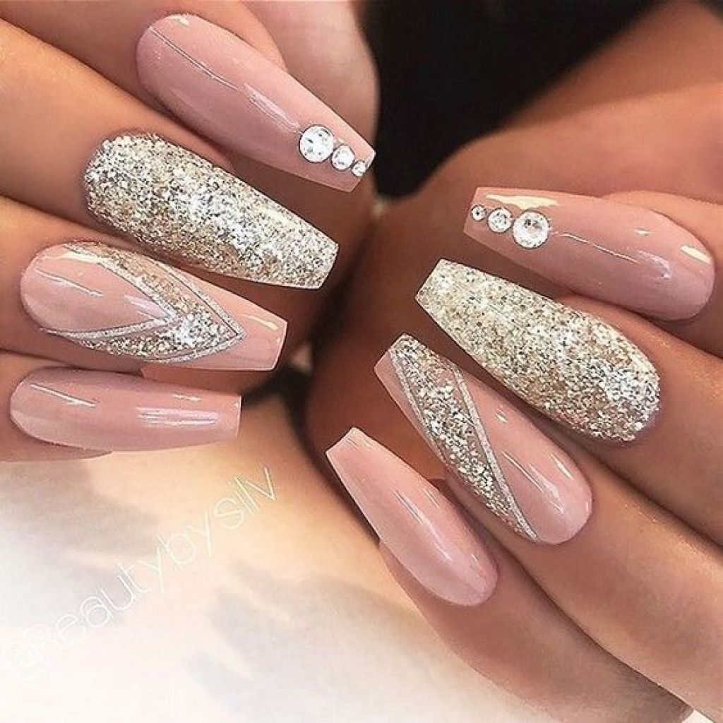Goodbye White French Tips! 15 Trendy Manicures for 2018 - Sparkle ...