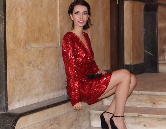 Holiday Style Guide How To Accessorize A Sequin Dress