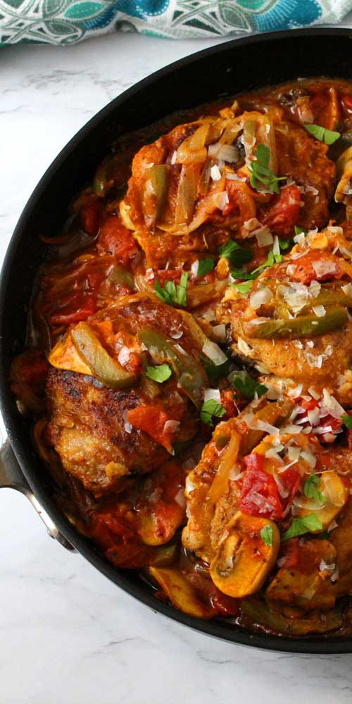 Love me some Chicken Cacciatore! It's so delicious and saucy with all the Italian goodness of the seasoning and a subtle sweetness in the sauce and goes perfectly served over this Pappardelle Pasta.