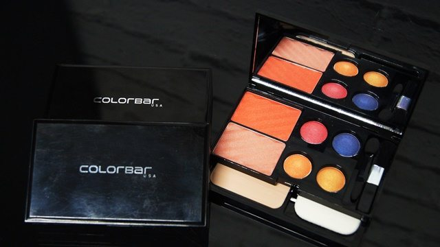 """GET THE LOOK MAKE UP KIT     This season does not resist yourself in looking stunning, ravishing and bewitching.  Get ready in the hottest shades of the season with  """"Get-The-Look Makeup Kit"""". This easy to use and handy kit gives you convenience of creating a range of looks anywhere and anytime. It  comes with 2 high payoff blushers, perfect match pressed powder and 4 baked eye shadows. Highlight, contour and accentuate your eyes and cheeks with these high payoff, multipigmented baked eye shadows and blusher and finish off with a face powder for a flawless finish. To give ease of application on the go, kit also contains high quality sponge and brushes .   Priced at INR 1750/- Get-The-Look Makeup Kit is a perfect gift this season.It is available in three varying color families- Alluring Beauty (inspired by ethereal shades), Dripping Innocence (inspired by earth and sky tones) and Admiring Gaze (inspired by vibrant colors). The kit comes in a stylish black case with a mirror on its closing flap so you can look at your work of art anytime. All pigments are coated with emollients and infused with long-wearing ingredients to give an all day fresh look. The long-lasting face powder creates a smooth, flawless finish from a.m. to late hours.   About Colorbar: Colorbar is a leading color cosmetics and make-up brand that adds glamour to women's avant garde beauty needs. Its exclusive, high-end formulations and product lines are manufactured at prestigious manufacturing facilities across Greece, Italy, France and Germany. Colorbar formulations are benchmarked against the leading prestige brands of the world. Colorbar considers every woman as unique - with a distinct personality and style, who uses an exclusive selection of colors to express her individuality. This inspiration lies at the heart of Colorbar's interesting and contemporary color palette."""