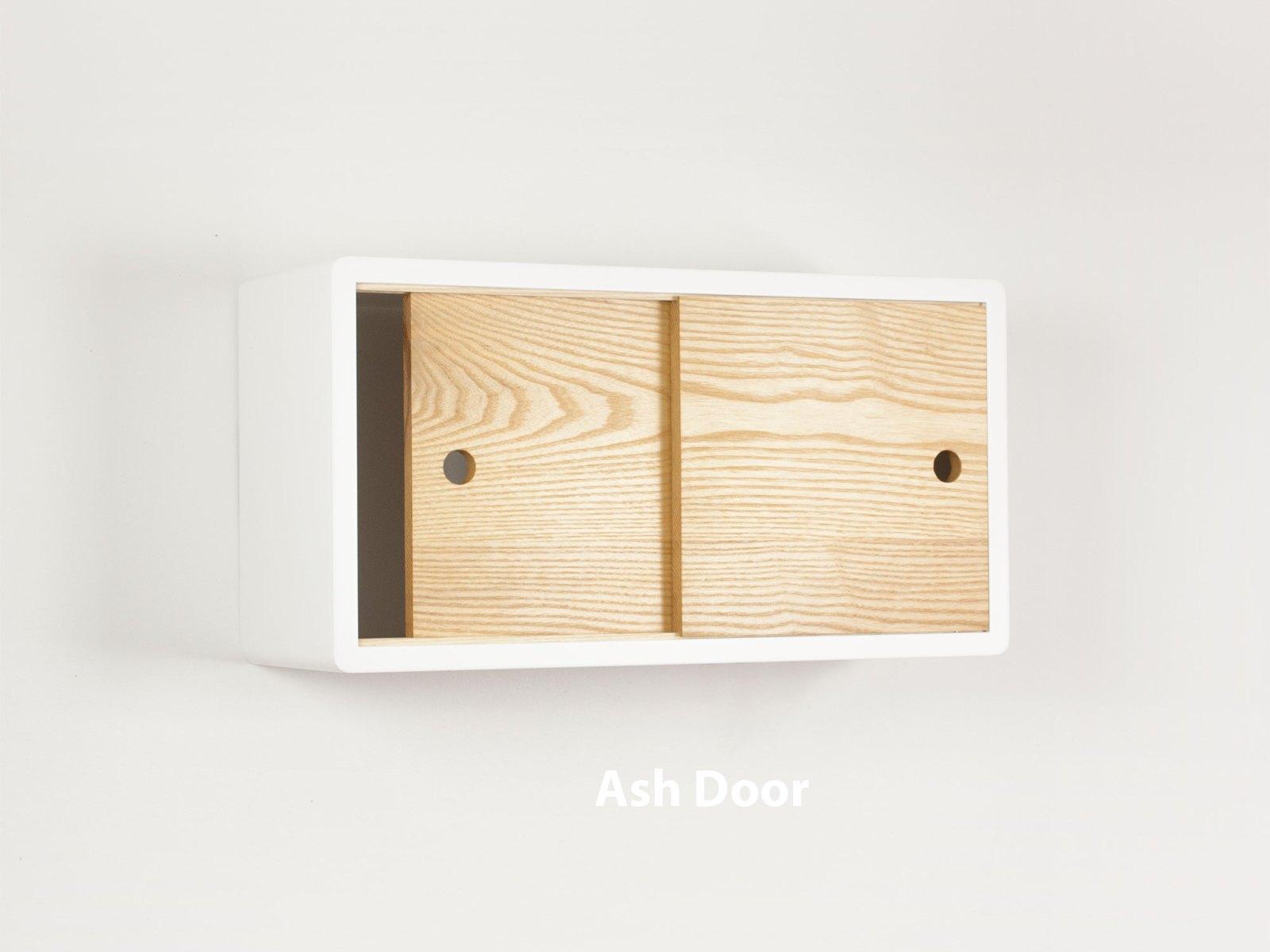 minimalist floating shelf