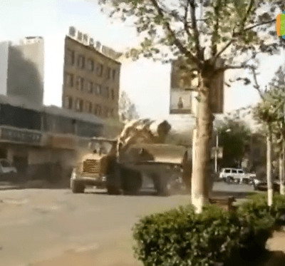 Watch Bulldozers FIGHT!
