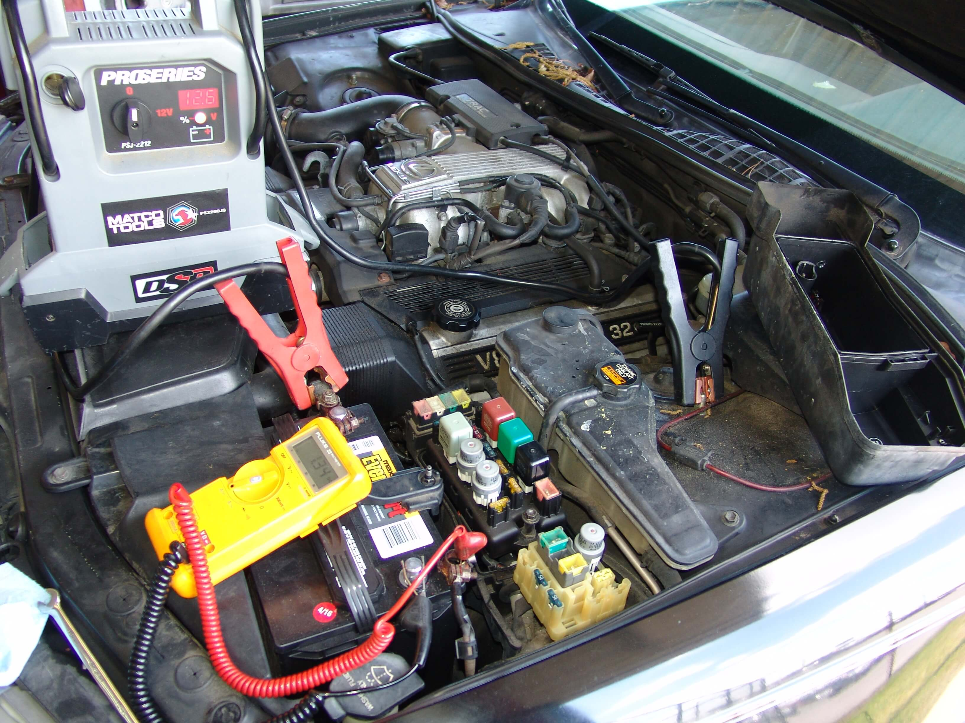 Sparkys Answers 1994 Lexus Ls400 Battery Goes Dead Ls 400 Fuse Box Relay Once The Meter Is Properly Connected Jump Must Be Turned Off And Disconnected From System