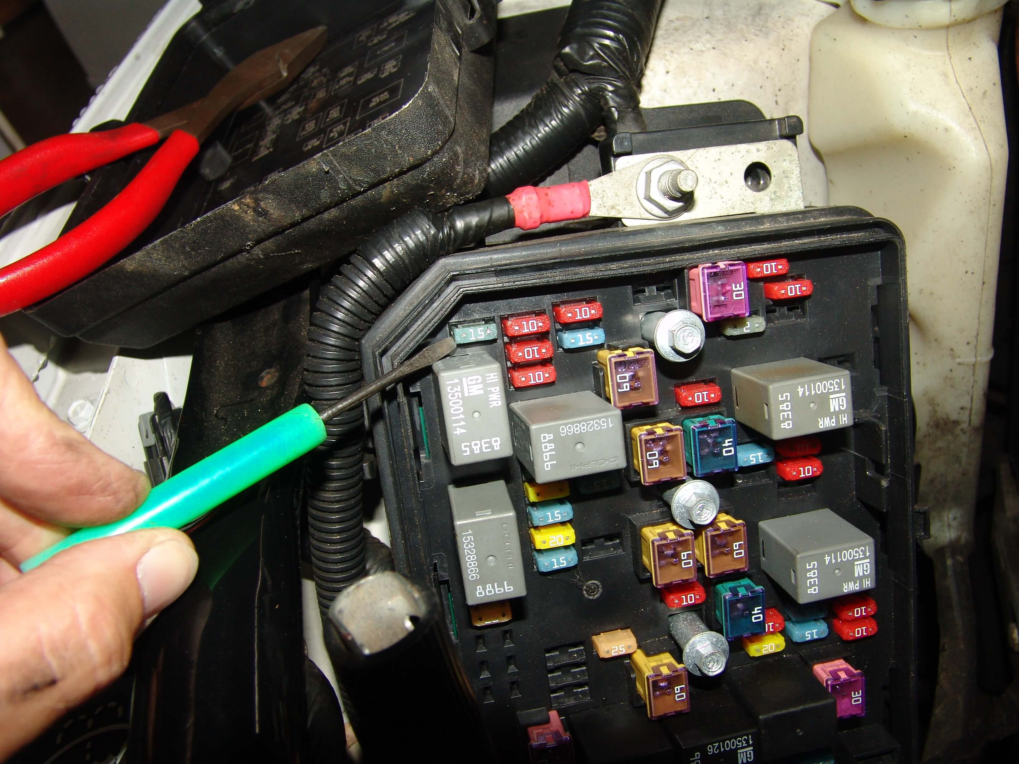 2011 chevrolet impala-fuel pump not working