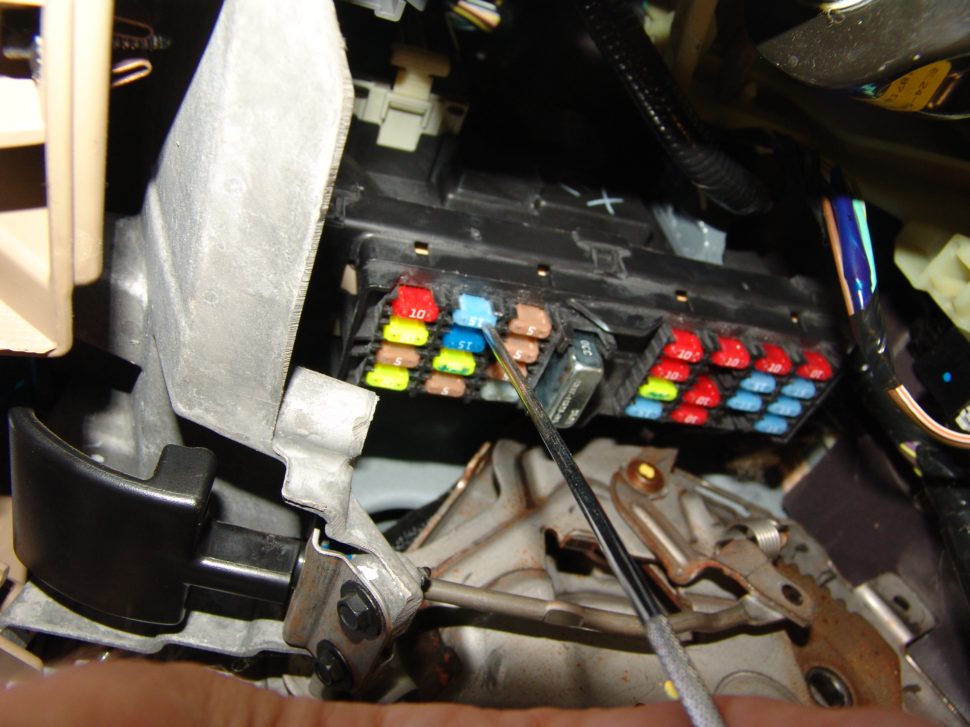 Sparkys Answers 2010 Ford Explorer No Crank Condition Fuse 8 Box Has Blown It Took Some Effort To Remove The Melted Diode Using A Pair Of Pliers Grasp And Screwdriver Chip Away At Seam
