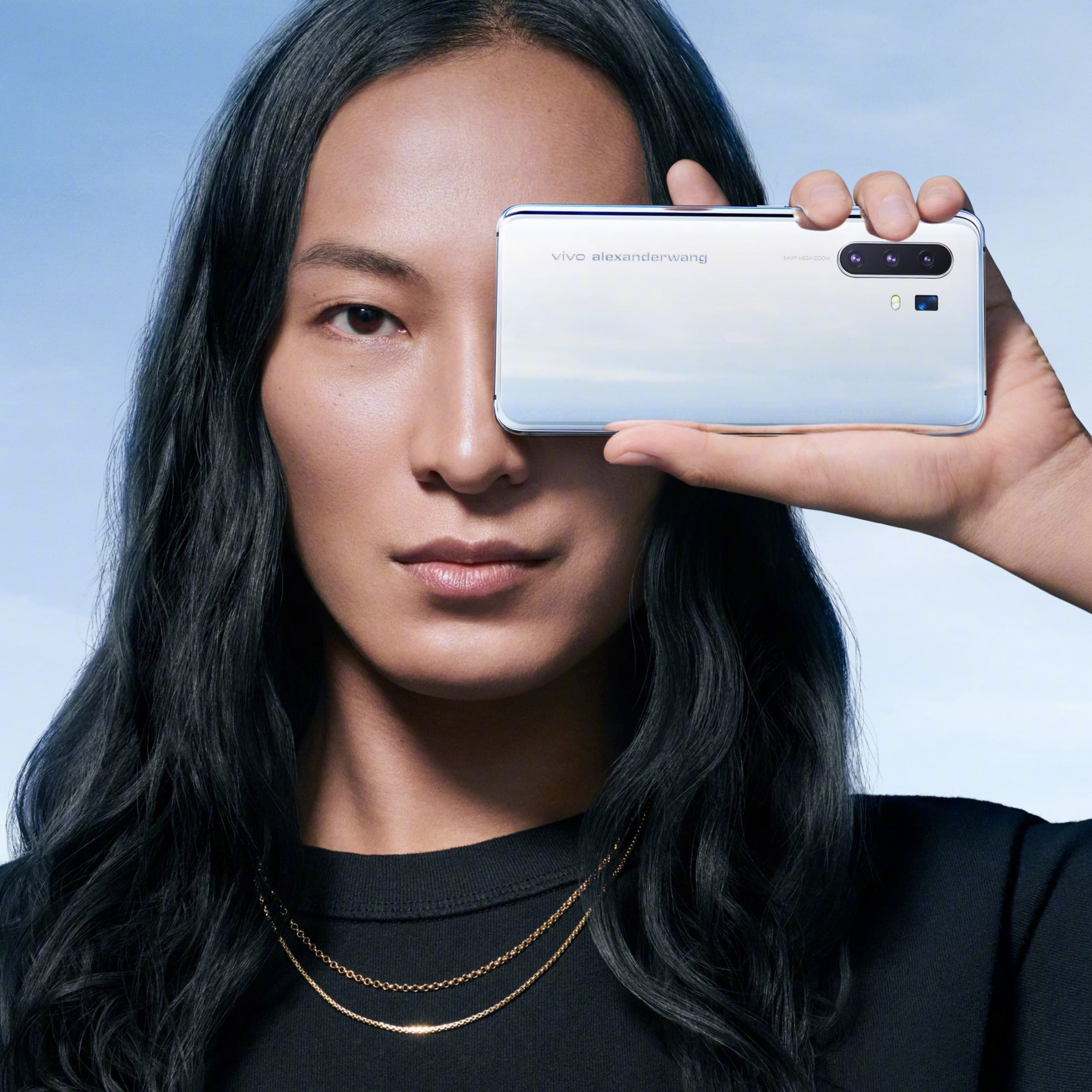 Vivo X30 Pro Alexander Wang limited edition live photos