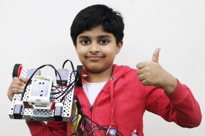 follower robot made using Infra red sensors