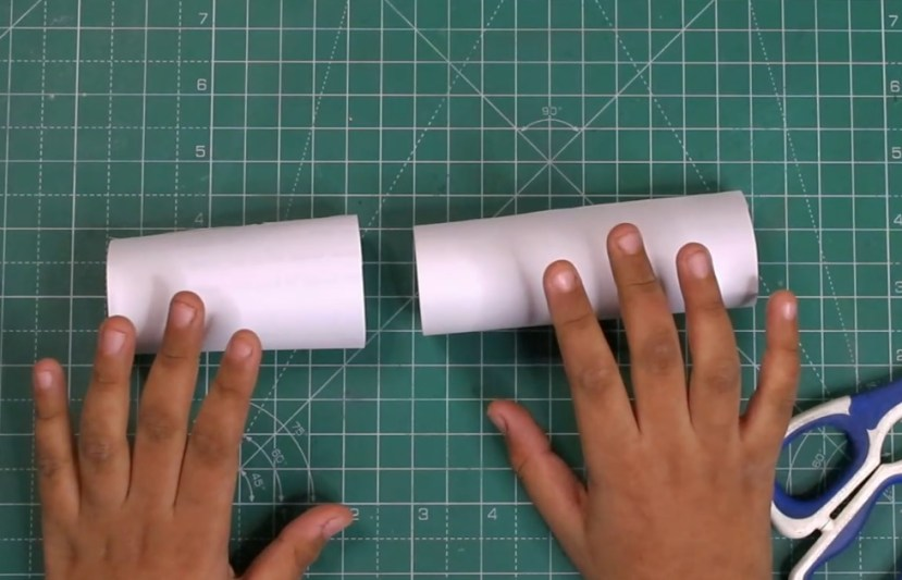 How to roll the paper