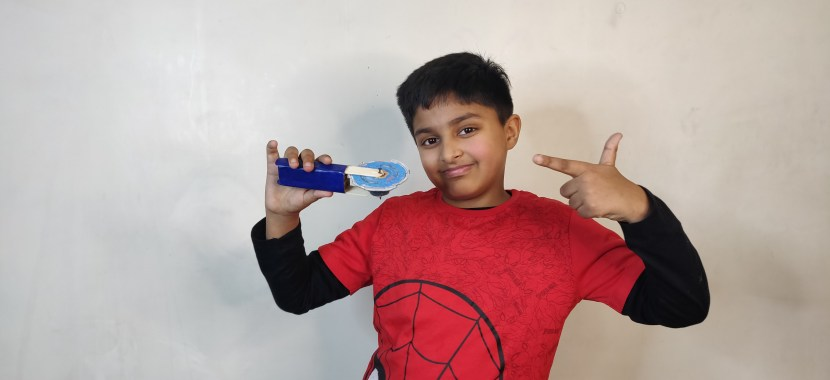 Beyblade with Cardboard