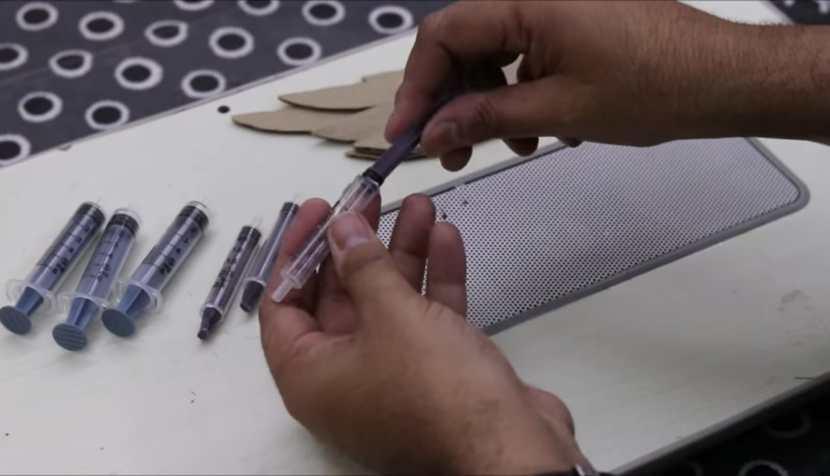 thin syringe