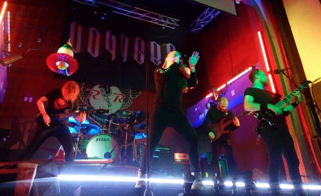 Voyager pinta de progresivo el RR Live junto con Anima tempo y Tangerine Circus