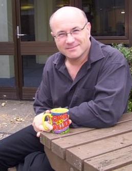 Simon Atkinson (the old Open University mug!)