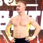 WWE: Tyler Bate si è infortunato