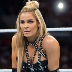 WWE: Natalya riceve le sue placchette (Video)