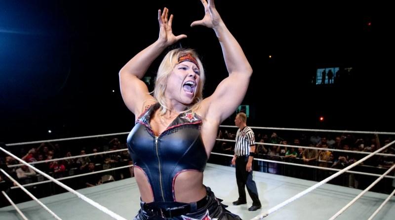 WWE: Confermato il ritorno sul ring di Beth Phoenix